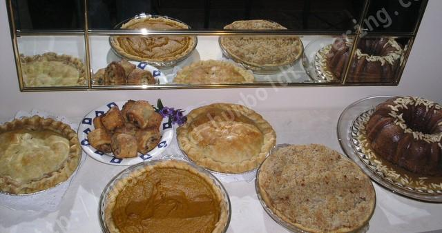 Holiday treats - Pies Cakes Dessert Dishes